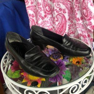Black square heels 1 1/2 in. Heel
